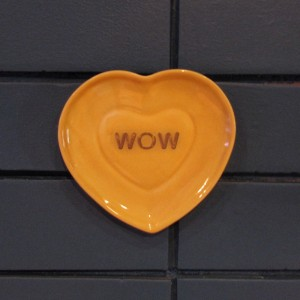Rhubarb Cafe heart plate 'Wow""